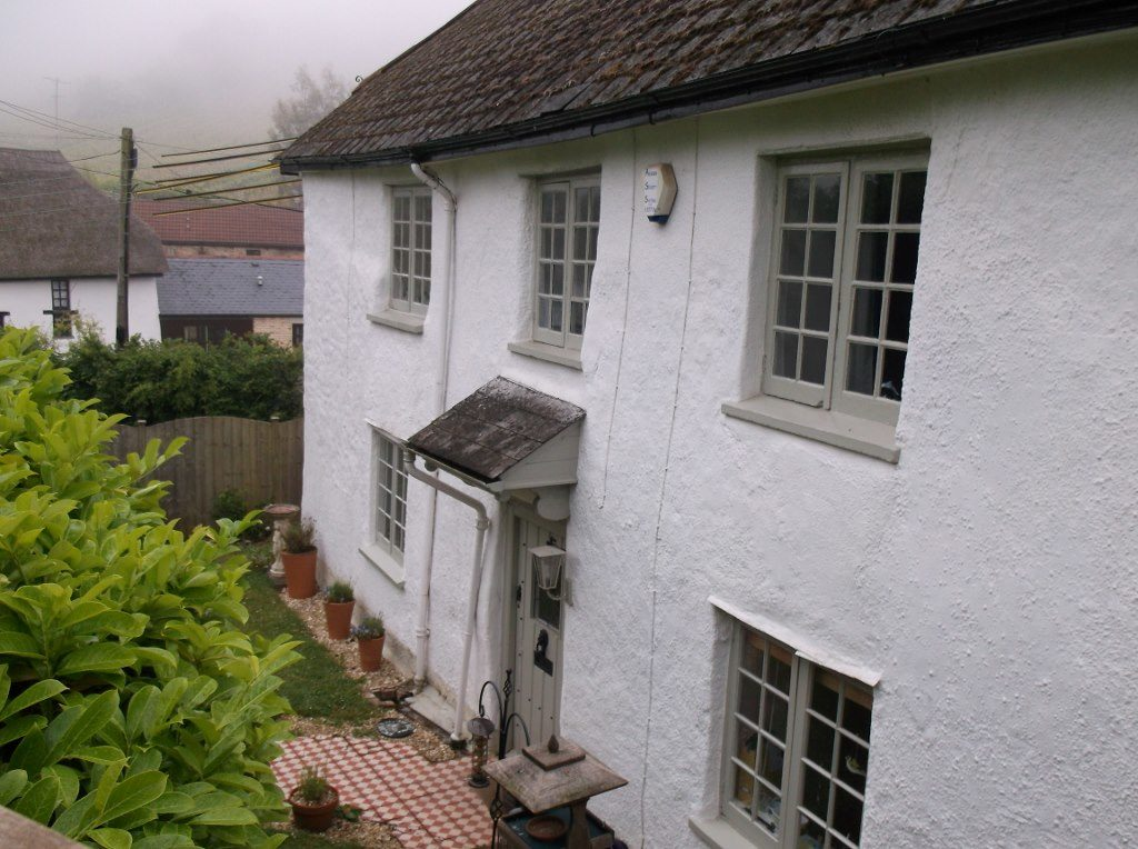 Colour photograph of Ashill Cottage, Ashill, Bishopsteignton