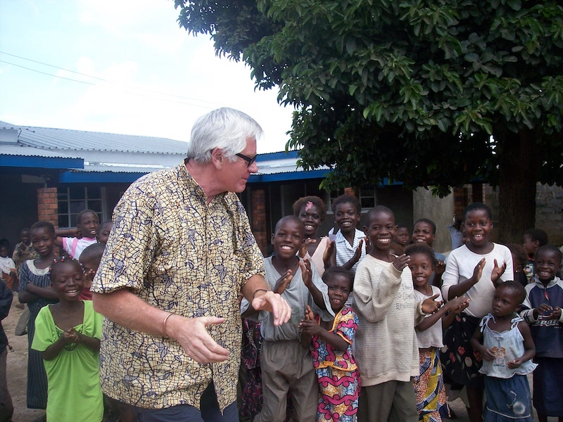 Alan working with the Zambian children