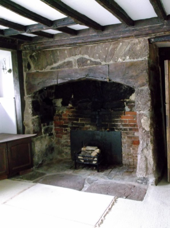 Ashill-Farm-Fireplace-