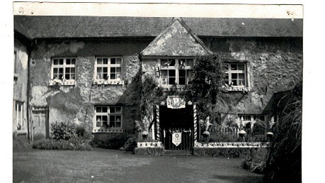 Manor Farm House on Coronation Day, 2nd Prize