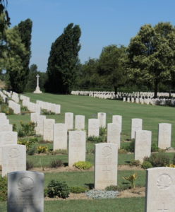 Pvt Evans Grave, Italy