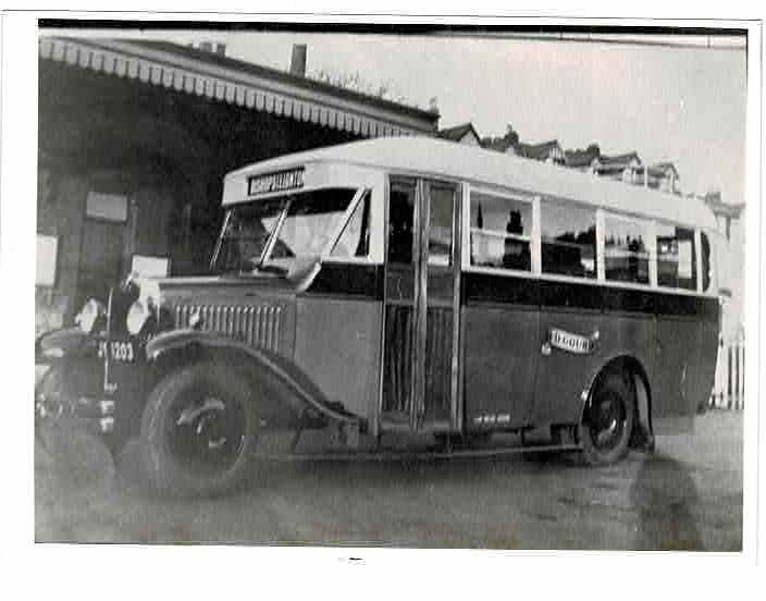 Gourd bus 1933