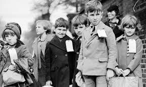 Evacuee children 1940s