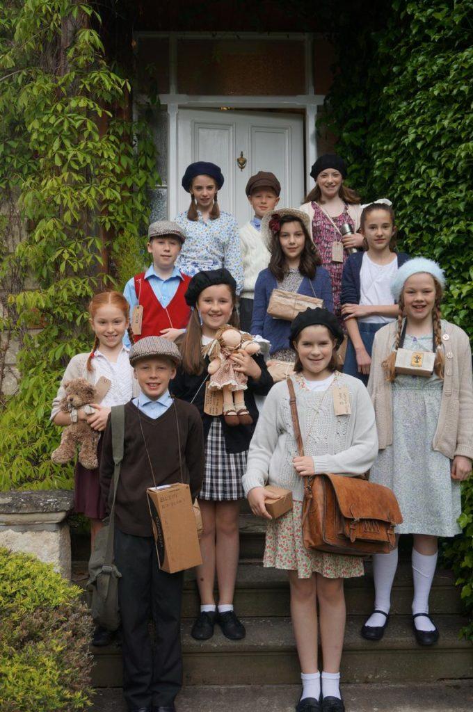 Pupils of Airthrie School dressed as Evacuees