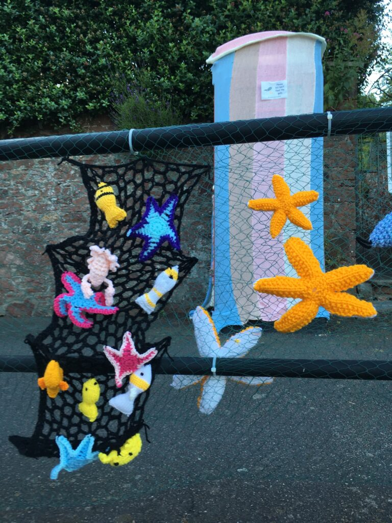 Sea creatures on the railings