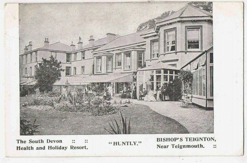 Huntly 1915 card