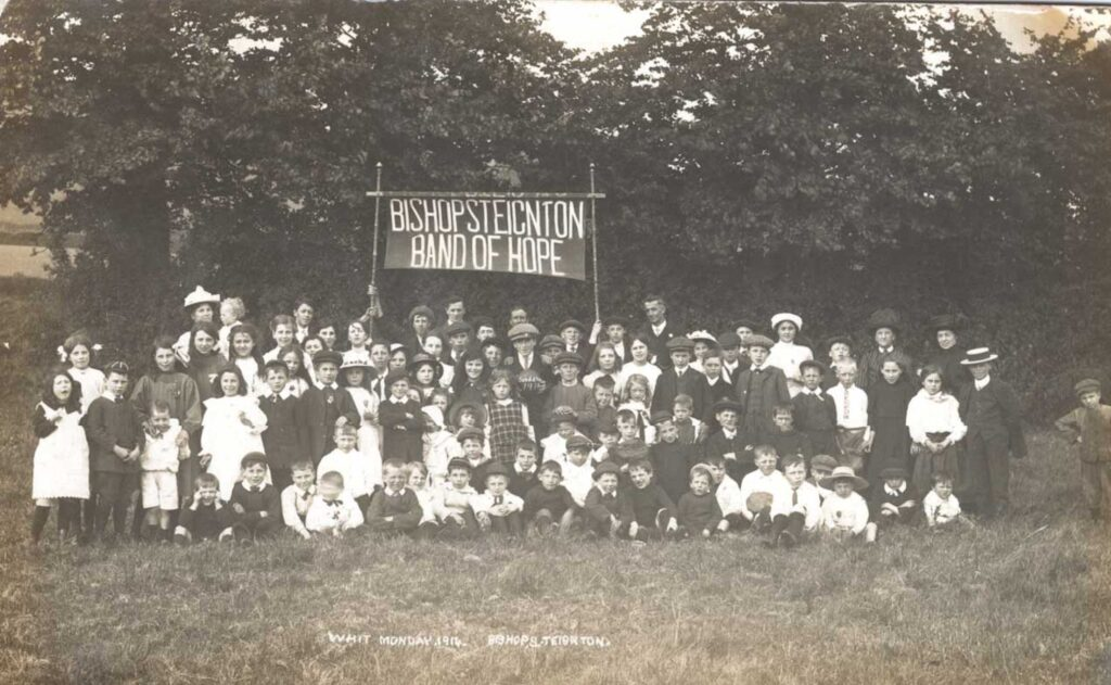 Photograph of the Band of Hope 1914 Bishopsteignton