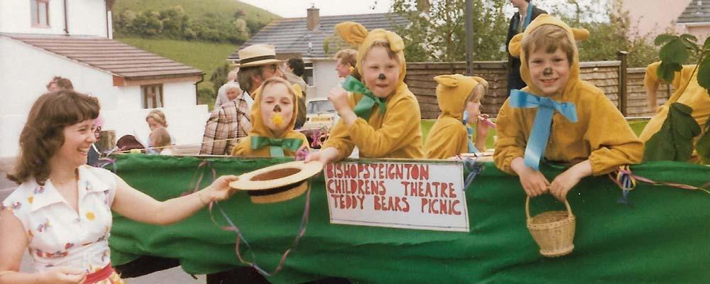 children's theatre carnival float